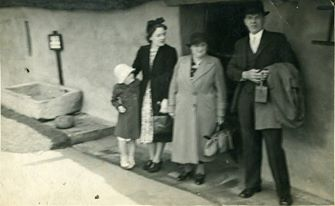 Ever and Sara Griffin Donegal, Ireland 1920s